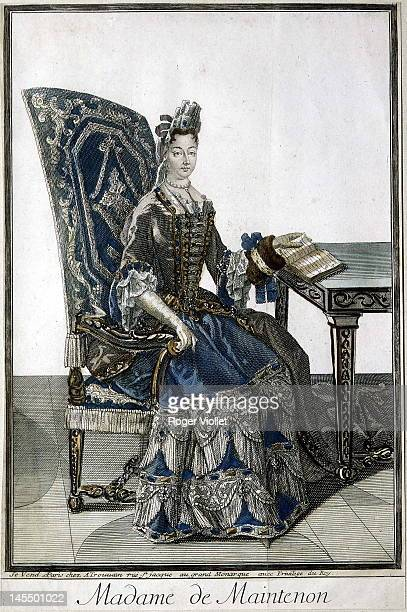 Fauteuil Louis Xiv Photos Et Images De Collection Getty