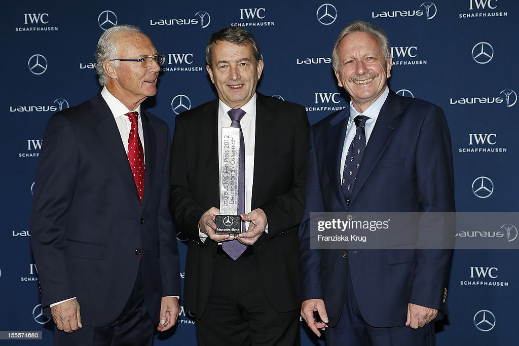 <a gi-track='captionPersonalityLinkClicked' href=/galleries/search?phrase=Franz+Beckenbauer&family=editorial&specificpeople=210545 ng-click='$event.stopPropagation()'>Franz Beckenbauer</a>, <a gi-track='captionPersonalityLinkClicked' href=/galleries/search?phrase=Wolfgang+Niersbach&family=editorial&specificpeople=555796 ng-click='$event.stopPropagation()'>Wolfgang Niersbach</a> and Joachim Schmid attend the Laureus Media Award 2012 on November 05, 2012 in Kitzbuehel, Austria.