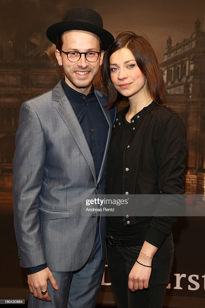 <a gi-track='captionPersonalityLinkClicked' href=/galleries/search?phrase=Franz+Dinda&family=editorial&specificpeople=638345 ng-click='$event.stopPropagation()'>Franz Dinda</a> and Claudia Eisinger attend 'Nacht Ueber Berlin' Preview at Astor Film Lounge on January 31, 2013 in Berlin, Germany.
