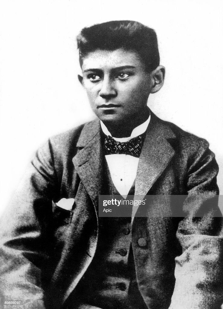 kafka writer A major problem confronting readers of kafka's short stories is to find a way through the increasingly dense thicket of interpretations among the many approach.