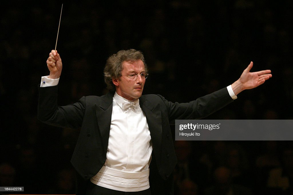 Franz Welser-Most conducting the Cleveland Orchestra in Bruckner's 'Symphony No.5 in B-flat Major' at Carnegie Hall on Saturday night, October 7, 2006.