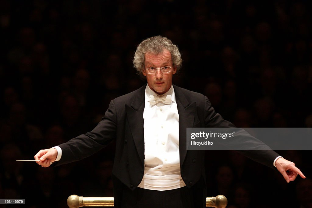 Franz Welser-Most leading the Vienna Philharmonic Orchestra in a program of Schubert, Strauss and Jorg Widmannn at Carnegie Hall on Saturday night, Match 2, 2013.