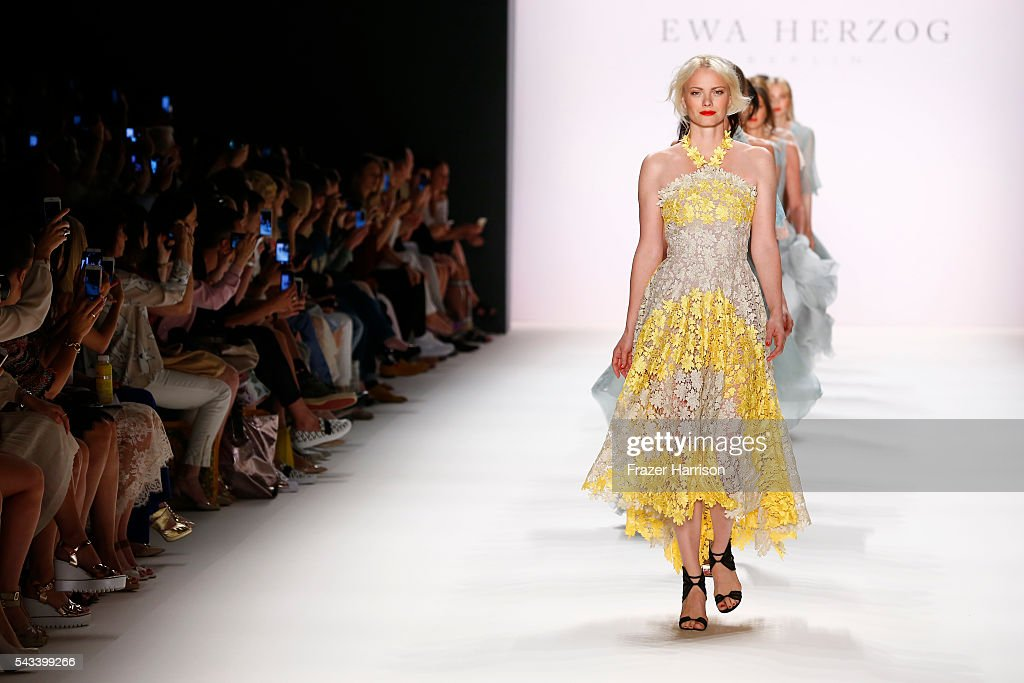<a gi-track='captionPersonalityLinkClicked' href=/galleries/search?phrase=Franziska+Knuppe&family=editorial&specificpeople=209268 ng-click='$event.stopPropagation()'>Franziska Knuppe</a> walks the runway at the Ewa Herzog show during the Mercedes-Benz Fashion Week Berlin Spring/Summer 2017 at Erika Hess Eisstadion on June 28, 2016 in Berlin, Germany.