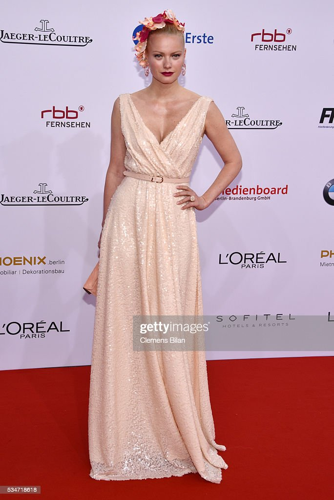 <a gi-track='captionPersonalityLinkClicked' href=/galleries/search?phrase=Franziska+Knuppe&family=editorial&specificpeople=209268 ng-click='$event.stopPropagation()'>Franziska Knuppe</a> attends the Lola - German Film Award (Deutscher Filmpreis) on May 27, 2016 in Berlin, Germany.