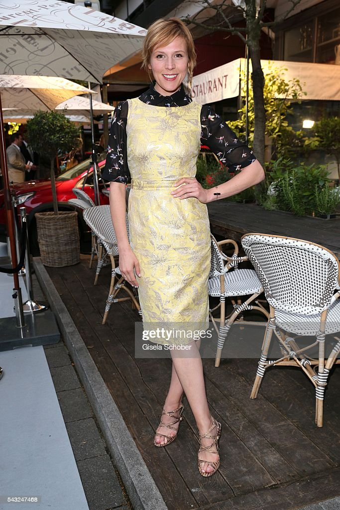 <a gi-track='captionPersonalityLinkClicked' href=/galleries/search?phrase=Franziska+Weisz&family=editorial&specificpeople=2559481 ng-click='$event.stopPropagation()'>Franziska Weisz</a> during the Peugeot BVC Casting Night during the Munich Film Festival 2016 at Kaeferschaenke on June 26, 2016 in Munich, Germany.