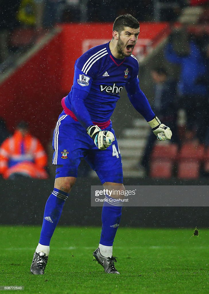 Fraser Forster of Southampton celebrates victory after the Barclays Premier League match between Southampton and West Ham United at St Mary's Stadium on February 6, 2016 in Southampton, England.