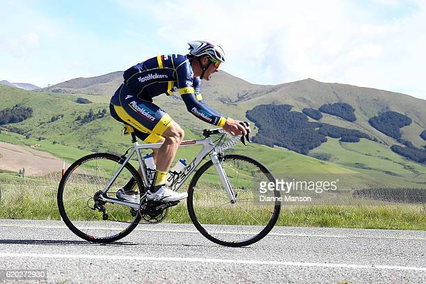 Fraser Hewett of Invercargill makes his way to Coronet Peak from Mossburn during stage three of the 2016 Tour of Southland on November 02 2016 in...