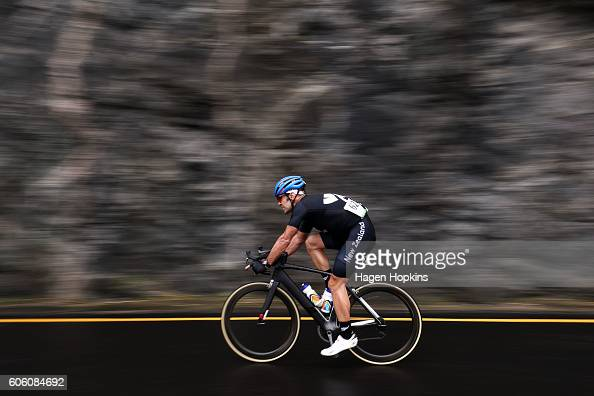 Fraser Sharp of New Zealand competes in the Men's Road Race C123 on day 9 of the Rio 2016 Paralympic Games at Pontal on September 16 2016 in Rio de...