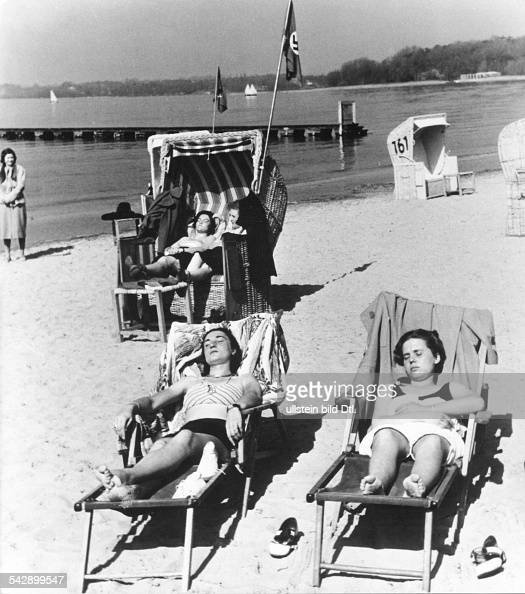 Badebilder Wannsee Pictures | Getty Images