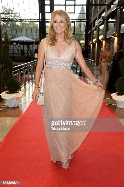 Frauke Ludowig attends the 29 KoelnBall on October 14 2017 in Cologne Germany