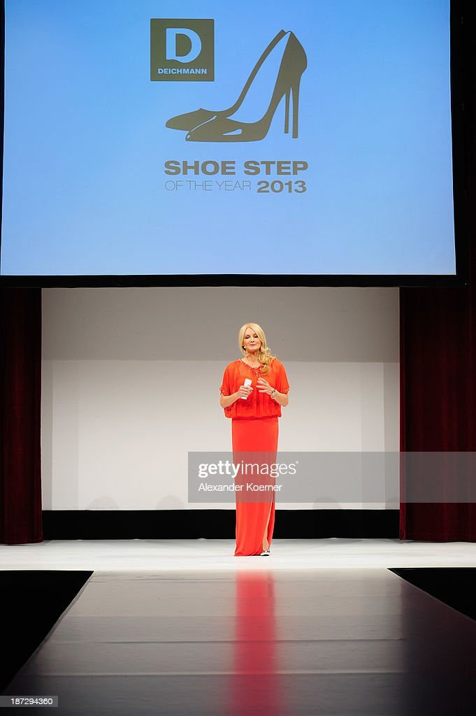 <a gi-track='captionPersonalityLinkClicked' href=/galleries/search?phrase=Frauke+Ludowig&family=editorial&specificpeople=630416 ng-click='$event.stopPropagation()'>Frauke Ludowig</a> attends the Deichmann Shoe Step of the Year 2013 at Curio Haus on November 7, 2013 in Hamburg, Germany.
