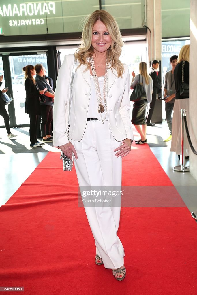 <a gi-track='captionPersonalityLinkClicked' href=/galleries/search?phrase=Frauke+Ludowig&family=editorial&specificpeople=630416 ng-click='$event.stopPropagation()'>Frauke Ludowig</a>, wearing a suit by Marc Cain during the Marc Cain fashion show spring/summer 2017 at CITY CUBE Panorama Bar on June 28, 2016 in Berlin, Germany.