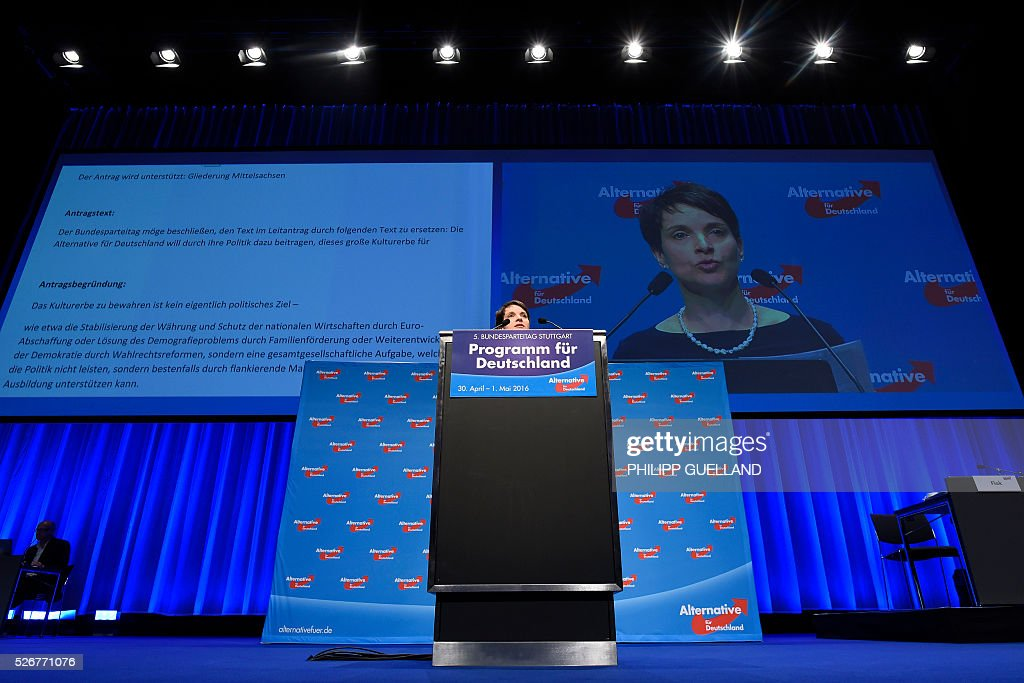 Frauke Petry,leader of the german right wing party Alternative for Germany (AfD) delivers a speech during a party congress of the German right wing party AfD (Alternative fuer Deutschland) at the Stuttgart Congress Centre ICS on May 1, 2016 in Stuttgart, southern Germany. / AFP / Philipp GUELLAND