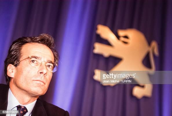 Frédéric SaintGeours directeur général de Peugeot le 14 février 1997 à Paris France