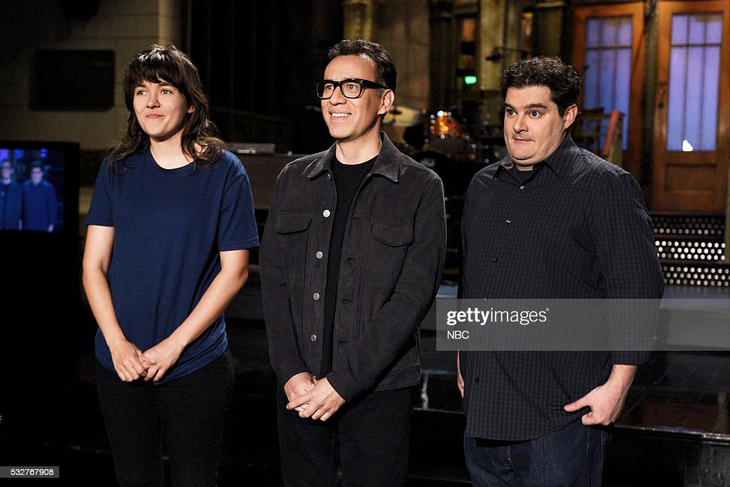 LIVE 'Fred Armisen' Episode 1704 Pictured Musical guest Courtney Barnett host Fred Armisen and Bobby Moynihan on May 19 2016