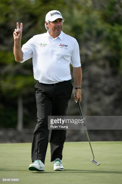 Fred Couples acknowledges the crowd after making a putt on the eighth green during the first round of the PGA TOUR Champions Allianz Championship at...