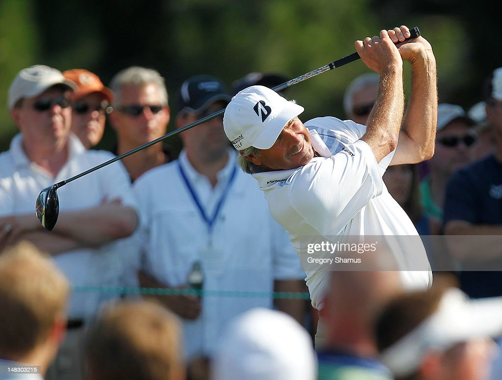<a gi-track='captionPersonalityLinkClicked' href=/galleries/search?phrase=Fred+Couples&family=editorial&specificpeople=203076 ng-click='$event.stopPropagation()'>Fred Couples</a> watches his tee shot on the 15th hole during the second round of the 2012 Senior United States Open at Indianwood Golf and Country Club on July 13, 2012 in Lake Orion, Michigan.