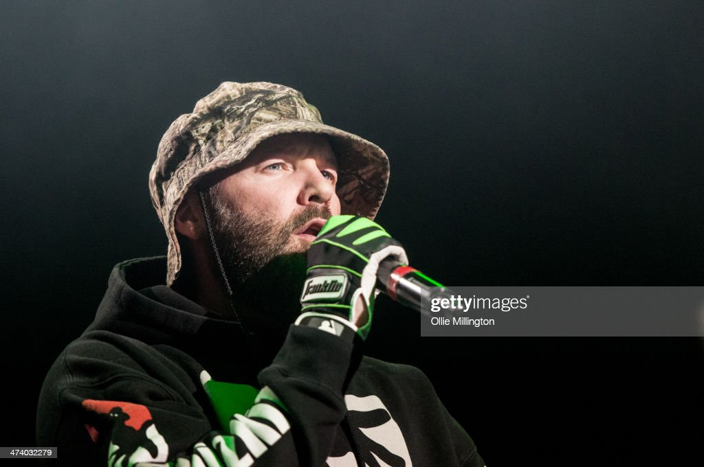 <a gi-track='captionPersonalityLinkClicked' href=/galleries/search?phrase=Fred+Durst&family=editorial&specificpeople=213065 ng-click='$event.stopPropagation()'>Fred Durst</a> of Limp Bizkit performs on stage during the last date of the Kerrang Tour at Brixton Academy on February 21, 2014 in London, United Kingdom.