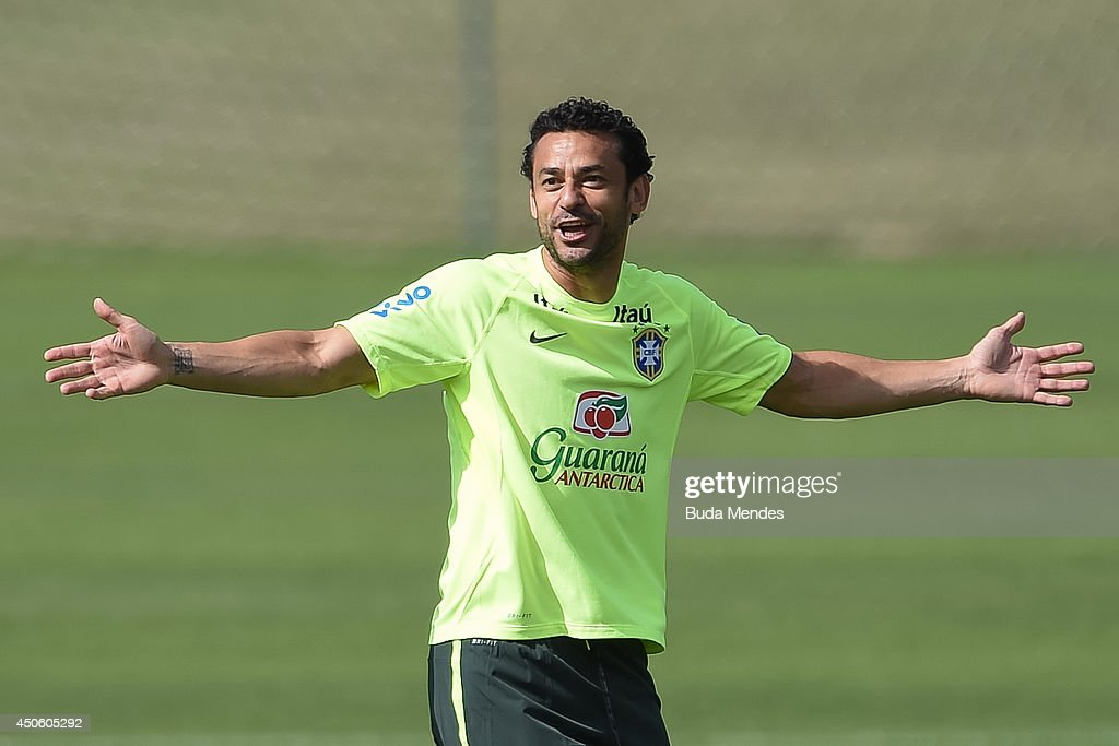 Fred gestures during a training session of the Brazilian national football team at the squad's Granja Comary training complex, on June 14, 2014 in Teresopolis, 90 km from downtown Rio de Janeiro, Brazil.