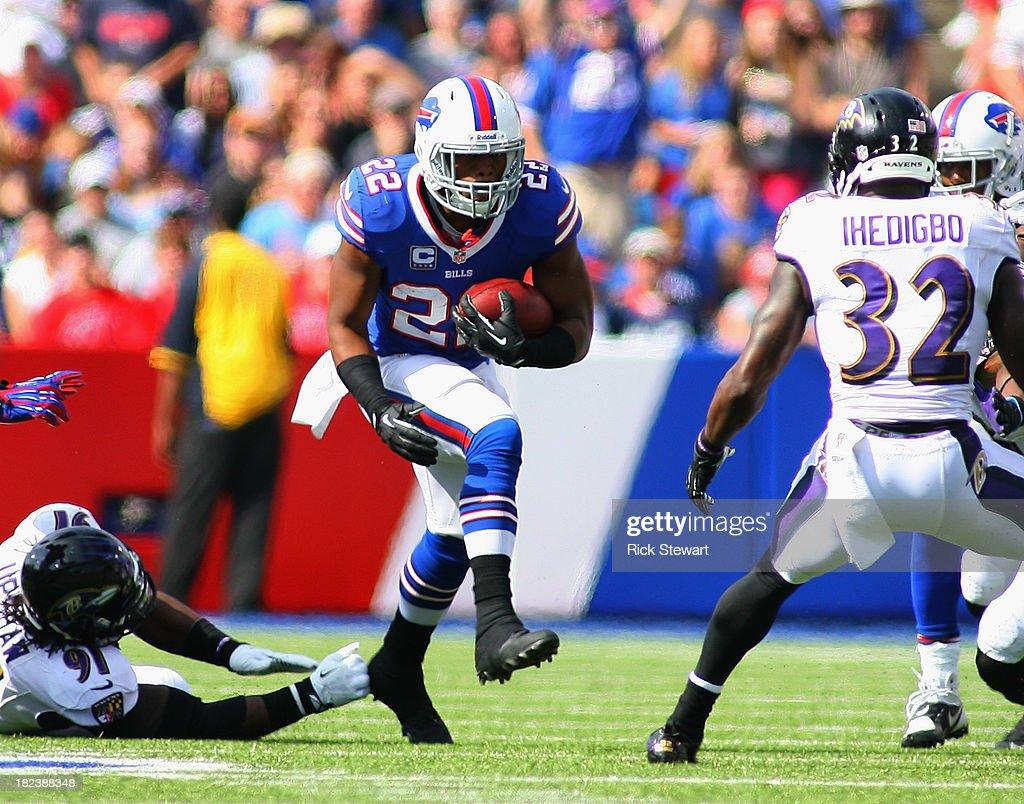 Fred Jackson #22 of the Buffalo Bills runs against the Baltimore Ravens at Ralph Wilson Stadium on September 29, 2013 in Orchard Park, New York.Buffalo won 23-20.