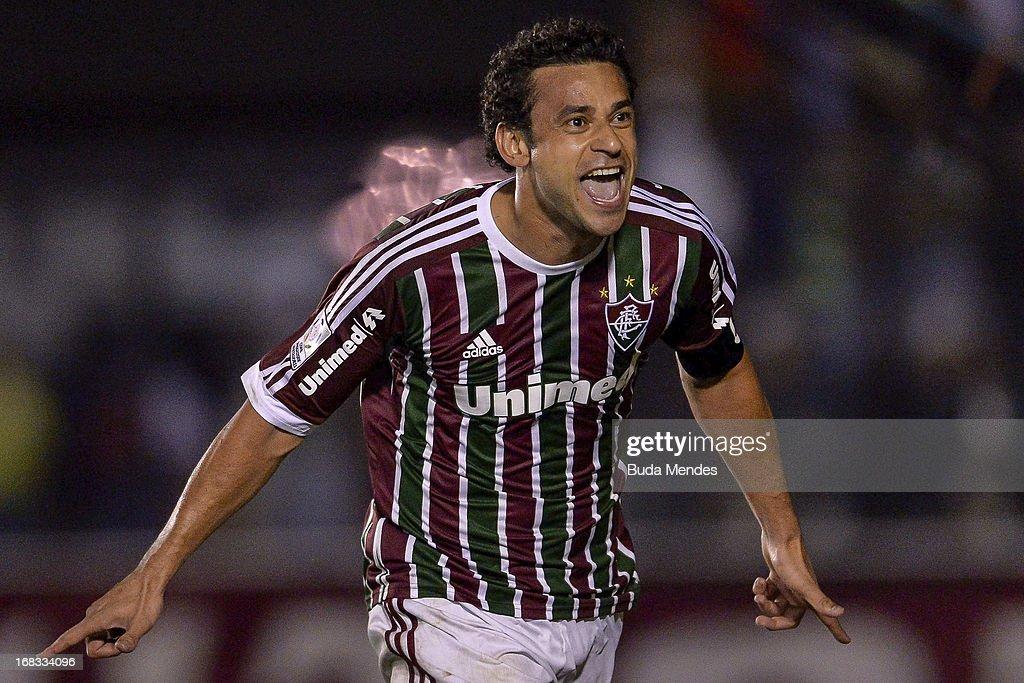 Fluminense v Emelec - Copa Bridgestone Libertadores 2013