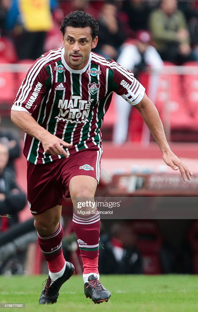 <a gi-track='captionPersonalityLinkClicked' href=/galleries/search?phrase=Fred+-+Fluminense+Football+Club&family=editorial&specificpeople=490870 ng-click='$event.stopPropagation()'>Fred</a> of Fluminense run during a match between Sao Paulo v Fluminense of Brasileirao Series A 2015 at Morumbi Stadium on July 05, 2015 in Sao Paulo, Brazil.