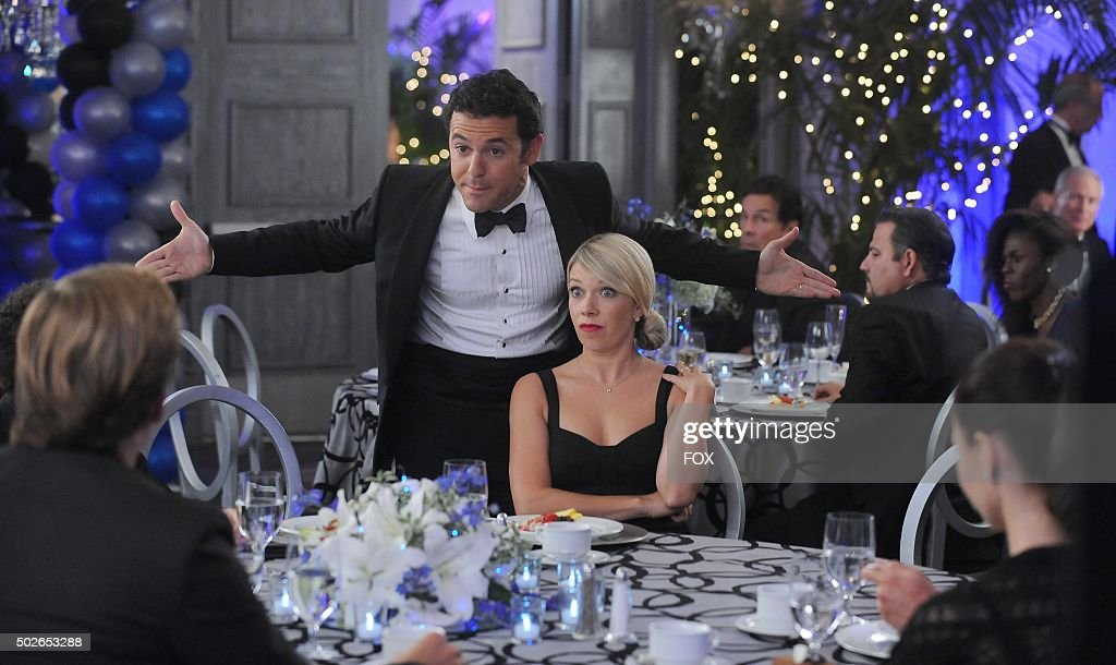 Fred Savage and Mary Elizabeth Ellis in the 'Little Michard No More' episode of THE GRINDER airing Tuesday Oct 13 on FOX