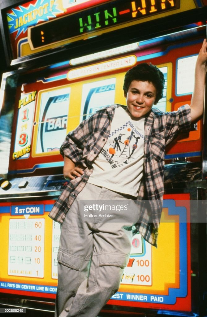 Fred Savage poses for the Universal Studio movie 'The Wizard' circa 1989