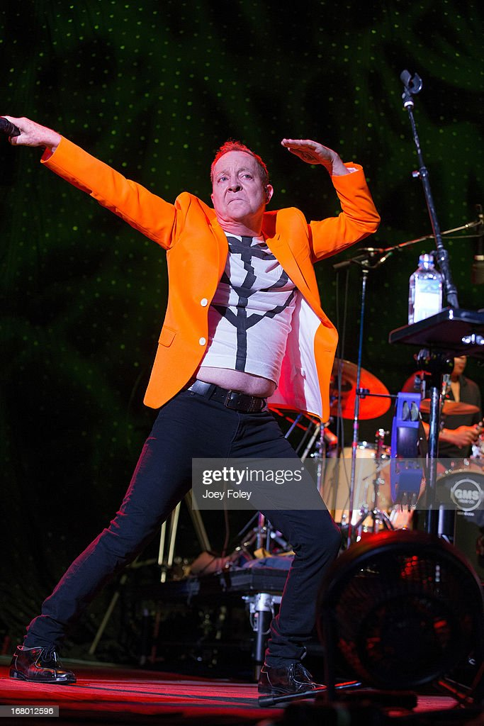 <a gi-track='captionPersonalityLinkClicked' href=/galleries/search?phrase=Fred+Schneider&family=editorial&specificpeople=209116 ng-click='$event.stopPropagation()'>Fred Schneider</a> of The B-52's performs onstage during the Julep Ball 2013 during the 139th Kentucky Derby at KFC YUM! Center on May 3, 2013 in Louisville, Kentucky.