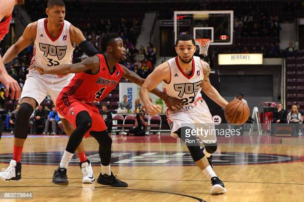 Fred VanVleet of the Raptors 905 drives to the basket against the Windy City Bulls on March 30 2017 in Mississauga Ontario Canada NOTE TO USER User...