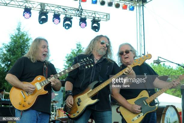Fred Young Greg Martin Richard Young and Doug Phelps of The Kentucky Headhunters performs at the 8th Annual Rock Ribs Ridges Festival at Sussex...