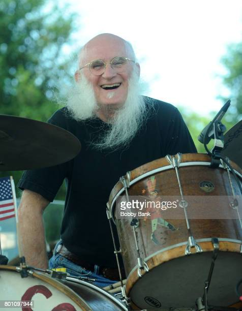 Fred Young of The Kentucky Headhunters performs at the 8th Annual Rock Ribs Ridges Festival at Sussex County Fairgrounds on June 25 2017 in Augusta...