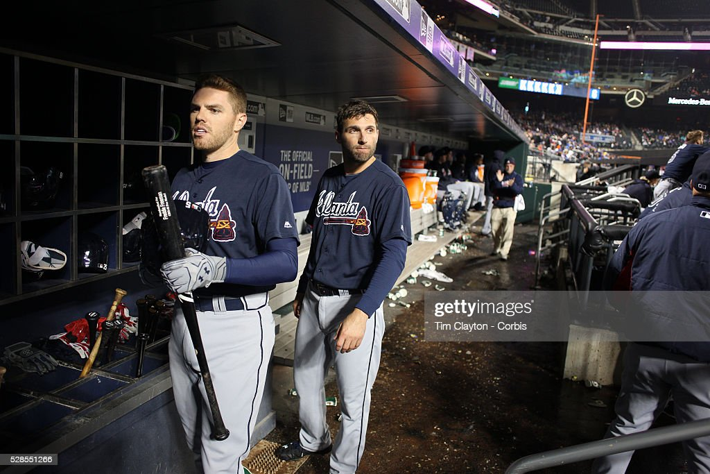 <a gi-track='captionPersonalityLinkClicked' href=/galleries/search?phrase=Freddie+Freeman&family=editorial&specificpeople=5743987 ng-click='$event.stopPropagation()'>Freddie Freeman</a>, (left), #5 and <a gi-track='captionPersonalityLinkClicked' href=/galleries/search?phrase=Jeff+Francoeur&family=editorial&specificpeople=217574 ng-click='$event.stopPropagation()'>Jeff Francoeur</a> #18 of the Atlanta Braves in the dugout preparing to bat during the Atlanta Braves Vs New York Mets MLB regular season game at Citi Field on May 03, 2016 in New York City.