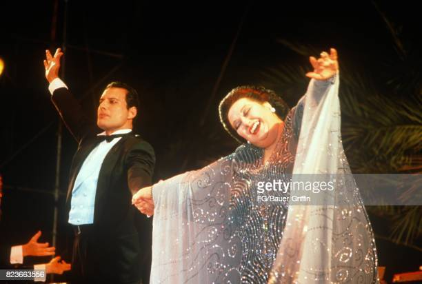 Freddie Mercury and Monserrat Caballe perform Barcelona at KU club Ibiza on May 29 1987 in Ibiza Spain 170612F1