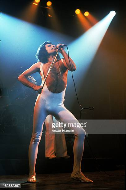 Freddie Mercury of Queen performs in London on October 1 1976 in London England