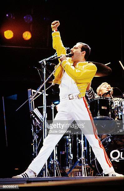KNEBWORTH Photo of QUEEN Freddie Mercury performing live on stage