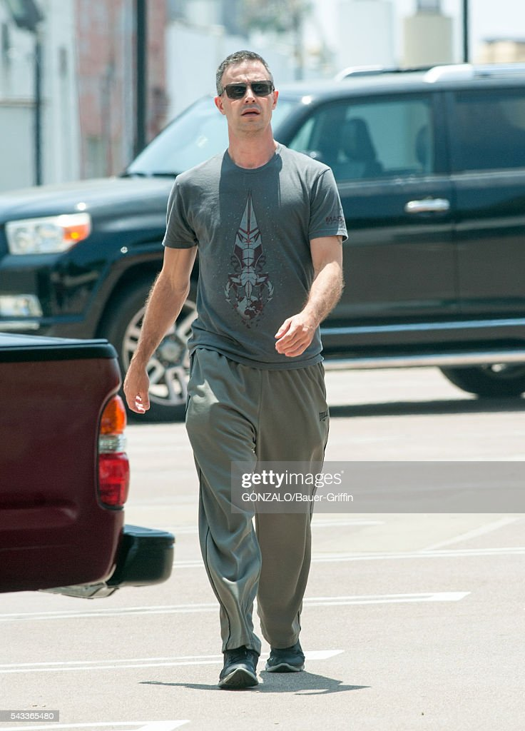 <a gi-track='captionPersonalityLinkClicked' href=/galleries/search?phrase=Freddie+Prinze+Jr.&family=editorial&specificpeople=216504 ng-click='$event.stopPropagation()'>Freddie Prinze Jr.</a> is seen on June 27, 2016 in Los Angeles, California.