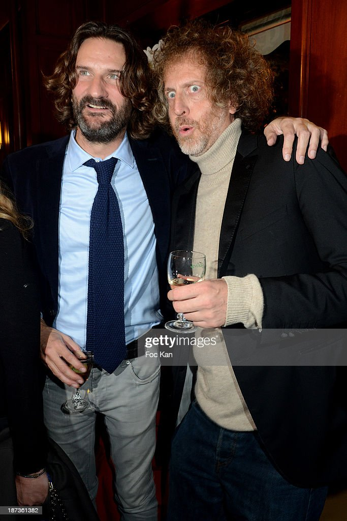 <a gi-track='captionPersonalityLinkClicked' href=/galleries/search?phrase=Frederic+Beigbeder&family=editorial&specificpeople=2164723 ng-click='$event.stopPropagation()'>Frederic Beigbeder</a> and Fabrice de Rohan Chabot from Technikart attend the Prix de Flore 2013' : Ceremony Cocktail At Cafe De Flore on November 7, 2013 in Paris, France.