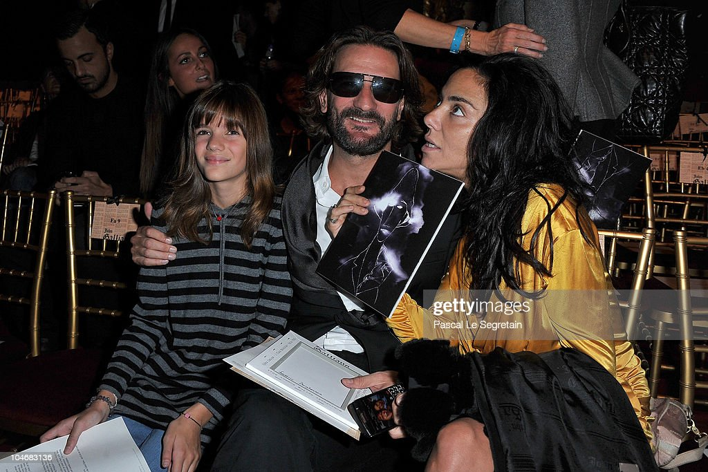 Frederic Beigbeder (C) and guests attend the John Galliano Ready to Wear Spring/Summer 2011 show during Paris Fashion Week at Opera Comique on October 3, 2010 in Paris, France.
