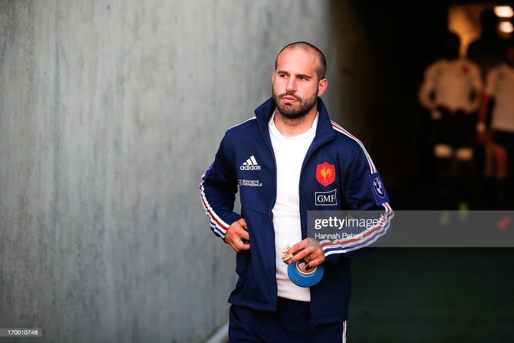 <a gi-track='captionPersonalityLinkClicked' href=/galleries/search?phrase=Frederic+Michalak&family=editorial&specificpeople=209294 ng-click='$event.stopPropagation()'>Frederic Michalak</a> of France arrives for a France rugby training session at North Harbour Stadium on June 6, 2013 in Auckland, New Zealand.