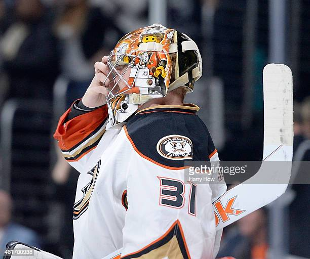 Frederik Andersen of the Anaheim Ducks reacts after a goal from Anze Kopitar of the Los Angeles Kings to take a 21 lead during the second period at...