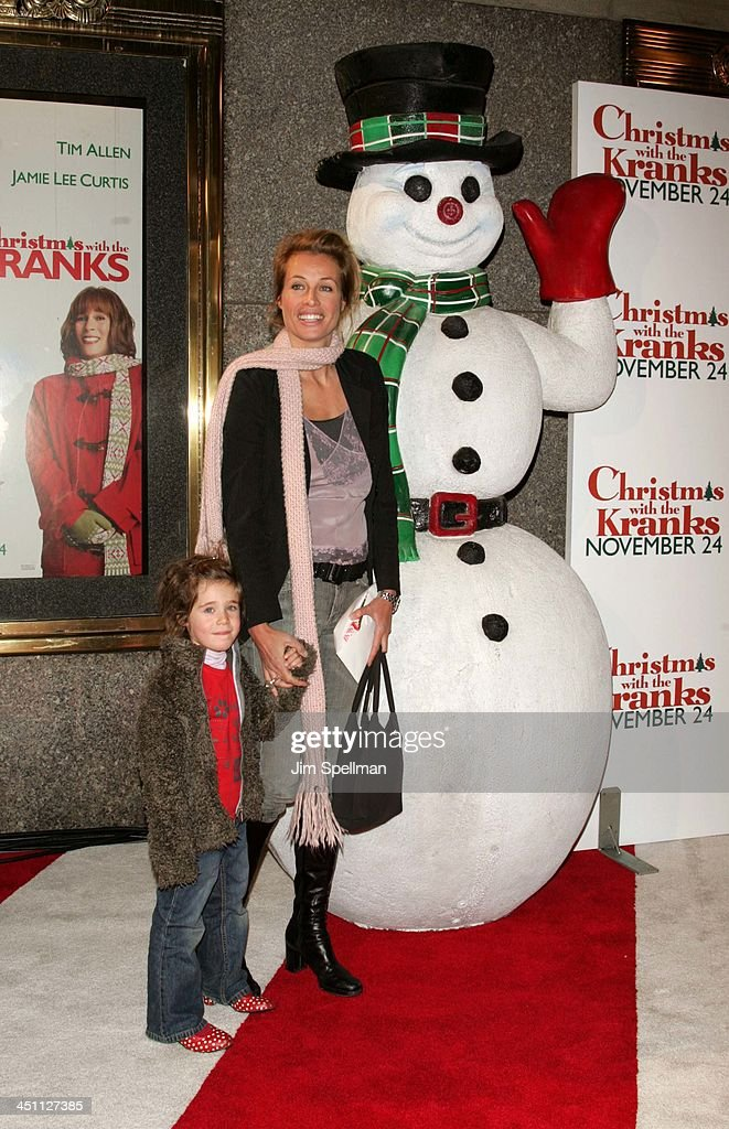 Frederique Van Der Wal(right) and daughter during Christmas with The Kranks New York City Premiere - Outside Arrivals at Radio City Music Hall in New York City, New York, United States.
