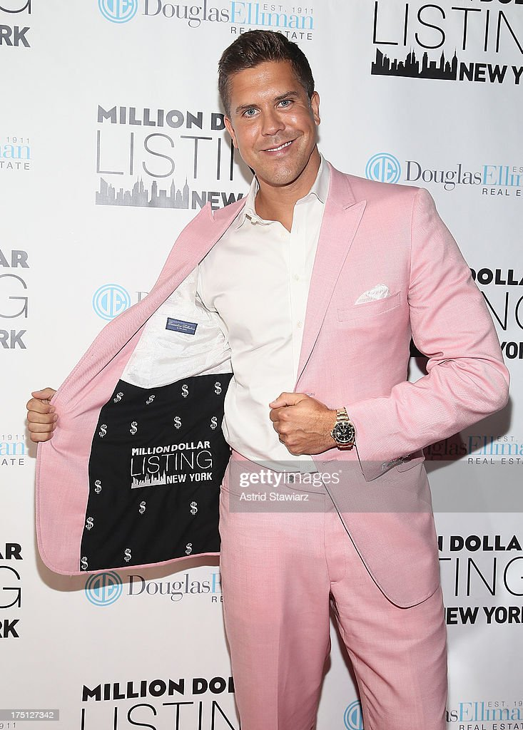<a gi-track='captionPersonalityLinkClicked' href=/galleries/search?phrase=Fredrik+Eklund&family=editorial&specificpeople=9091185 ng-click='$event.stopPropagation()'>Fredrik Eklund</a> attends 'Million Dollar Listing' Season 2 Finale Party at The General on July 31, 2013 in New York City.