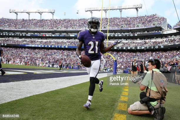 Free safety Lardarius Webb of the Baltimore Ravens celebrates in the end zone against the Cleveland Browns in the four quarter at MT Bank Stadium on...