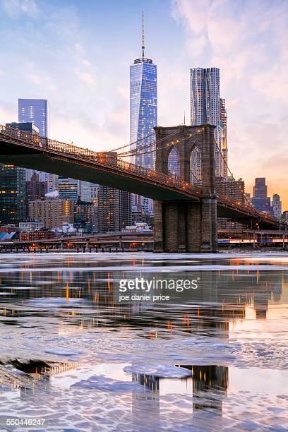 Freedom Tower, Brooklyn Bridge, New York, US