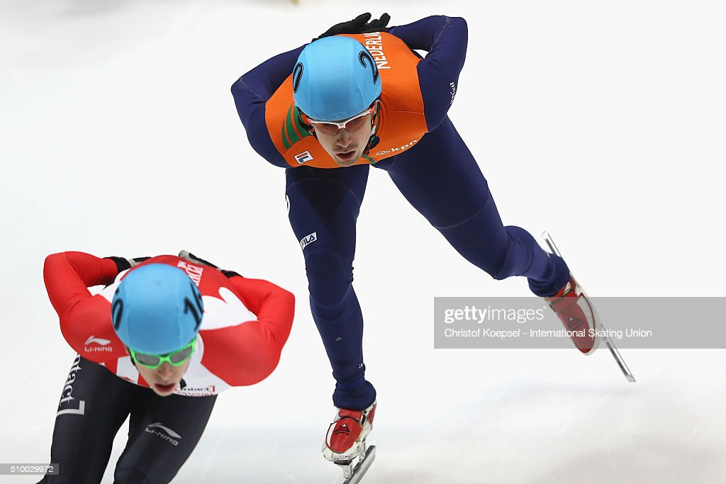 Freek van der Wart of Netherlands saktes during the men 5000m relay semi-final first heat during Day 2 of ISU Short Track World Cup at Sportboulevard on February 13, 2016 in Dordrecht, Netherlands.