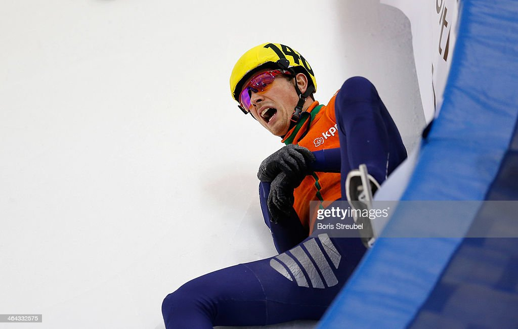 Freek van der Wart screems after he falls during the men's 500m heat during the ISU European Short Track Speed Skating Championships 2014 at EnergieVerbund Arena on January 18, 2014 in Dresden, Germany.