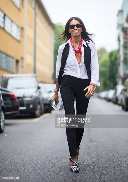 Freelance Stylist Fashion Editorl Viviana Volpicella during Milan Fashion Week Spring/Summer 16 on September 27 2015 in Milan Italy