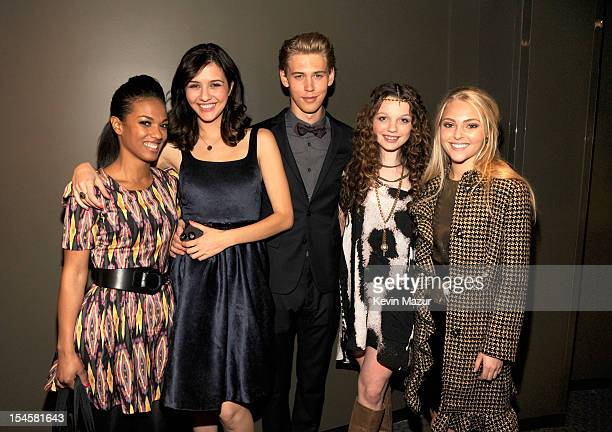 Freema Agyeman Katie Findlay Austin Butler Stephania Owen and AnnaSophia Robb attend the world premiere of 'The Carrie Diaries' at the New York...