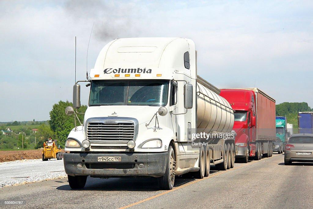 Freightliner Columbia : Stock Photo